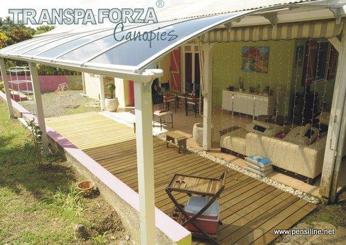 Tenere al caldo in casa coperture tettoie in plexiglass for Tettoia legno leroy merlin